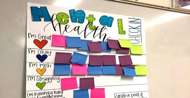 Bu öğretmenin 'check-in' panosu zihinsel sağlık desteğinin güzel bir örneğidir