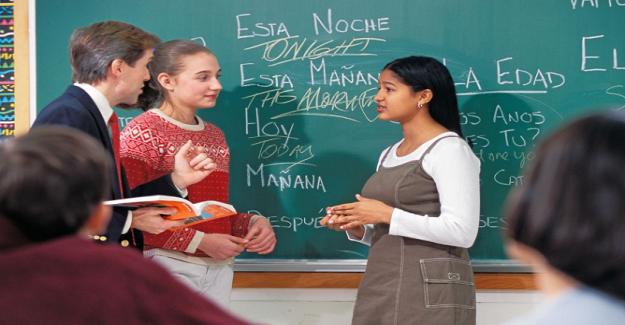 Dünya Dil Sınıflarında Daha Fazla Konuşma