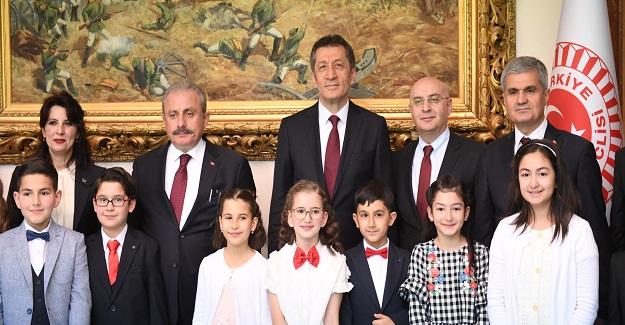 TBMM BAŞKANI ŞENTOP ÇOCUKLARI KABUL ETTİ