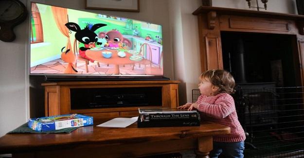 5 Yaşın Altındaki Çocukların Uzun Süre Ekrana Bakmaları Sakıncalıdır