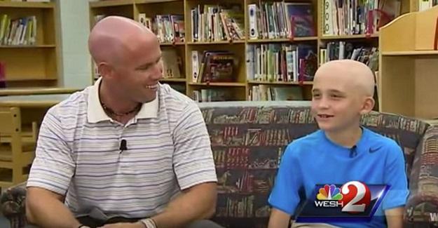 Bu güzel yürekli öğretmen, saç kıran çıkaran öğrencisine yardım için bakın ne yaptı