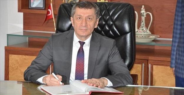 Milli Eğitim Bakanı Ziya Selçuk'un İmzasıyla 81 İle Genelge Gönderildi