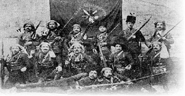 Van'da 1914'de neler oldu ? Van'da Ermenilerin Türklere Yaptıkları Katliamı