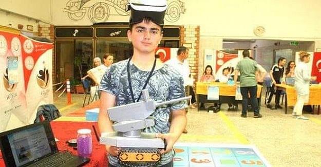14 yaşındaki öğrencinin büyük başarısı; Askeri müdahale robotu yaptı