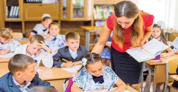 Bir Öğretmenin Sınıfta Etkili Olmasını Gerektiren 8 Şey