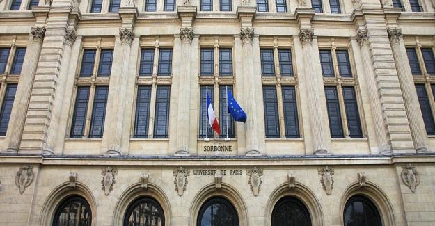 Bugün Fransa'da üniversiteye geçiş sınavları (Bac) başladı.