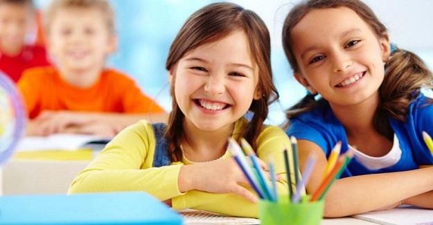 Cuma Günü Okullar Tatil mi? Açıklama Geldi