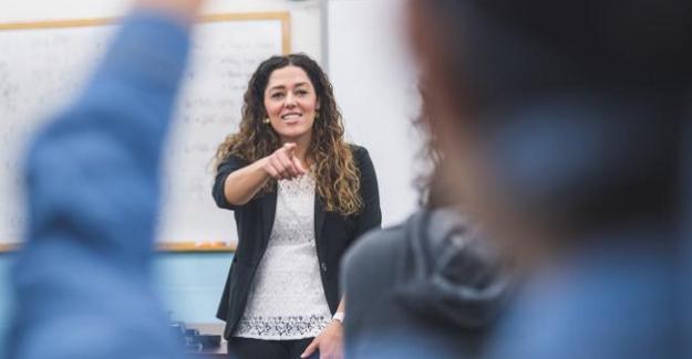 Üç öğretmenden biri beş yıl içinde mesleğini bırakıyor