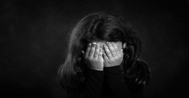Yanmış Kitap Kokusu, Ben Kıyamadım Kızıma, Gözyaşlarıyla Okuyacaksınız !