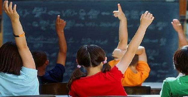 Bir öğrenci velisinden öğretmenine gelen mektup herkesi gözyaşlarına boğdu