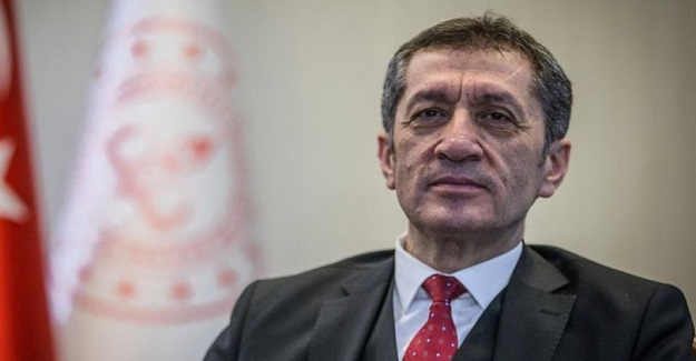 Milli Eğitim Bakanı Ziya SELÇUK, Ankara'da Şehit Ömer Halisdemir İmam hatip lisesinde öğretmenlere hitap etti..