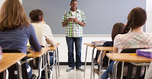 Öğrenci Yansımasını Onaylayan Bir Proje