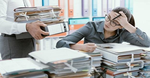 Öğretmen eğitimi iş yükü sorunuyla nasıl başa çıkıyor?