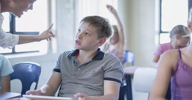 Öğretmenlerin Asla Söylememesi veya Yapmaması Gerekenler