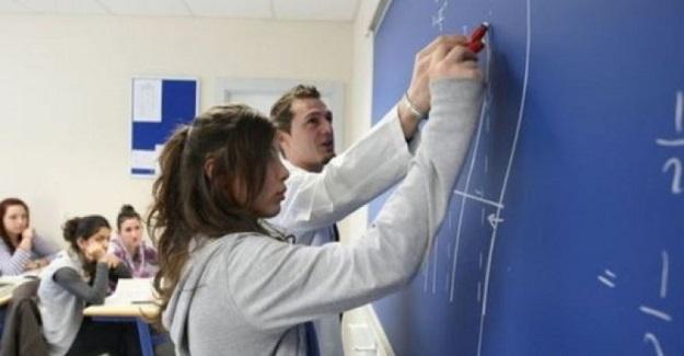 Uzman Öğretmenlik Başöğretmenlik için Kanun Teklifi Verildi