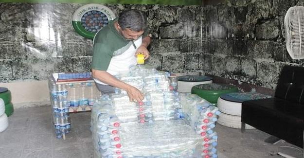 Yahya öğretmen Çevre Duyarlılığına Dikkat Çekmek İçin Plastik Atıklardan Mobilya Yaptı