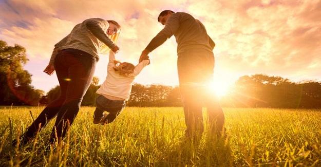 Ebeveyn Sevgisi Hayatta Çocuğun Gelişmesini Sağlar