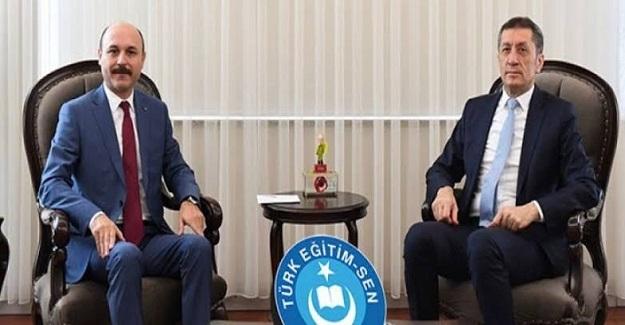 Milli Eğitim Bakanı Ziya Selçuk: Atama Bekleyen Ve Ücretli Öğretmen Sayısını Açıkladı