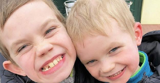 Otizmli Oğullarıyla Dalga Geçen Herkese Sattığı Ürünleri Gösterdi, Otizm Konusunda Farkındalık Yarattı