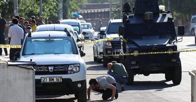 Son Dakika: Polis Amirliğine Bombalı Saldırı