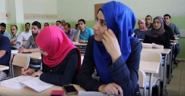 Suriyeli Öğretmenlere Eğitim Veriliyor