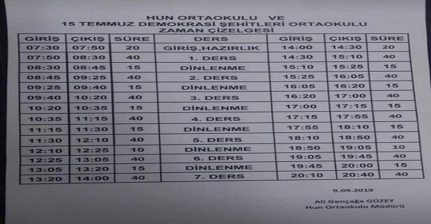 Ankara Keçiören'de bir okulumuz; Ders başlangıcı 14:25