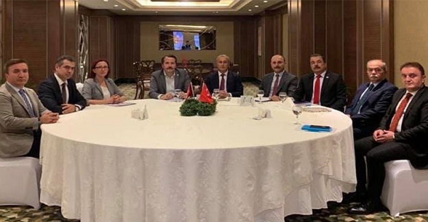 Dört Sendika Başkanı MEB'in Ev Sahipliğinde Bir Araya Geldi