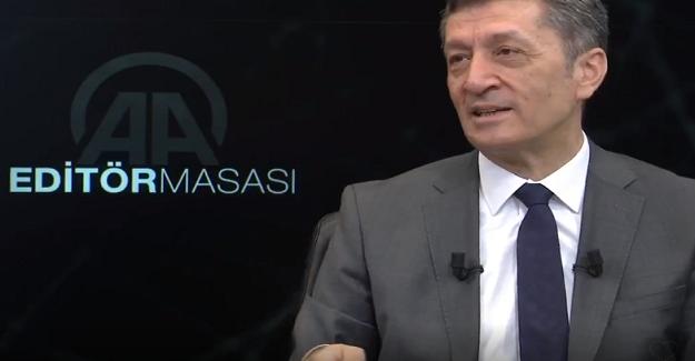 Milli Eğitim Bakanı Ziya Selçuk, Canlı yayında Önemli Açıklamalarda Bulundu