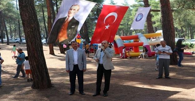 """""""TOPLU SÖZLEŞMEDE YETKİ HAK EDENLERE VERİLMELİDİR."""