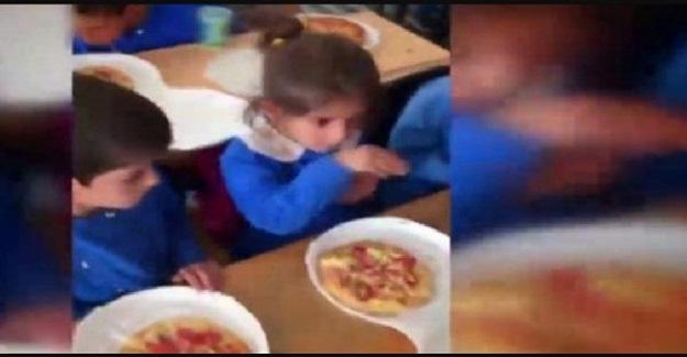 Hayatında İlk Kez Pizza Gören Öğrencinin Sorusu Duygulandırdı