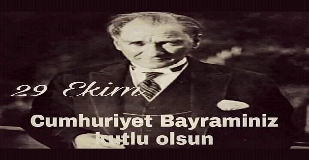 Hayatta olduğu son bayram, 1938'in Cumhuriyet Bayram'ı gecesi Dolmabahçe'de hasta yatıyordu...