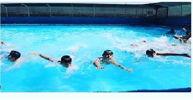 MEB'den Bir İlk Daha: Bundan Sonra Yüzme Bilmeyen Öğrenci İlkokuldan Mezun Olamayacak