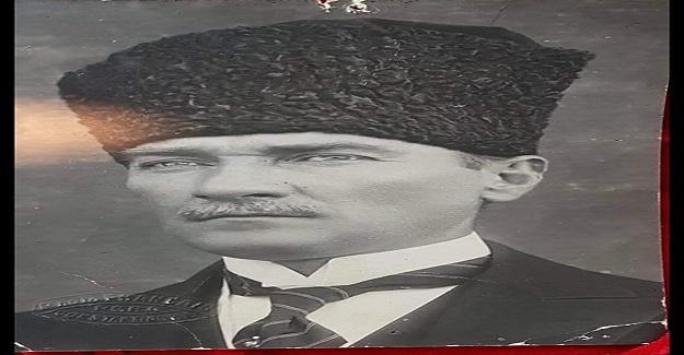 """Atatürk'ü bir """"kahraman"""" olarak değil de bir """"insan"""" olarak düşündünüz mü hiç? Şimdi 3 lise öğrencisinin yazdığı bu yazıyı okuyalım."""