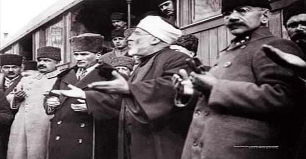 Cumhuriyet'in ilk Diyanet İşleri Başkanı Rıfat Börekçi, ATATÜRK'ün kendisine duyduğu saygı ve hürmeti şöyle anlatmıştır: