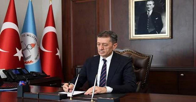 """MİLLİ Eğitim Bakanı Ziya Selçuk; """"Türkiye'nin 957 ilçesine öğretmen destek noktaları açıyoruz."""