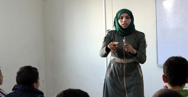 830 Suriyeli Öğretmen Ataması Yapıldı mı? MEB'den Resmi Açıklama Geldi