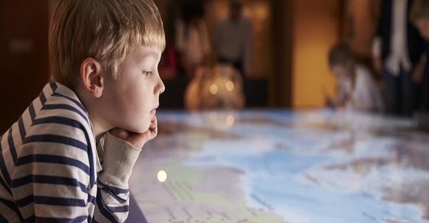 Avrupa ve Amerika'da 3-9 yaş arası zeki çocuklara Tanrı'ya ilişkin düşüncelerini sormuşlar.