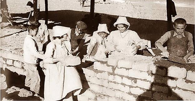 Köy Enstitülerinde ki Öncelik, Çocuklarının Eğitim Görecekleri Binaların İnşaatını Çalışarak Kendi Okullarını Yapmaları Esastı