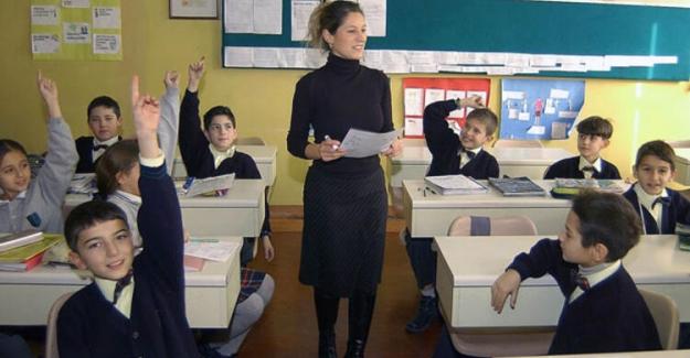 Öğretmenim beni sınıfta bırakır mısınız ?