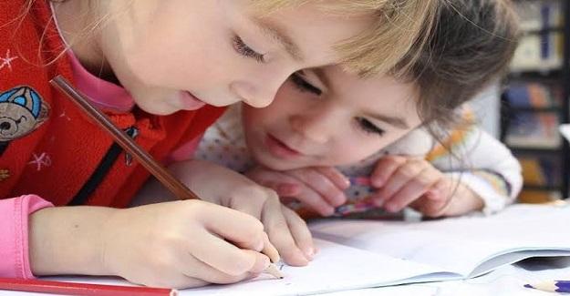 Okullarda Mutlaka Öğretilmesi Gereken 10 Davranış