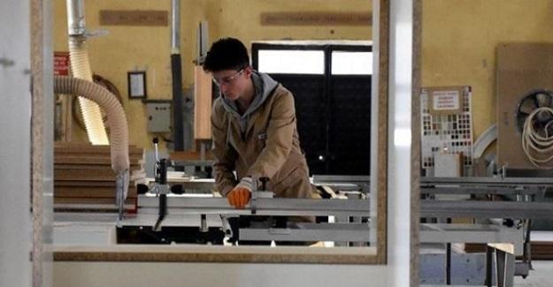Yıllık Cirosu 2.5 Milyon Liralık Fabrika Gibi Okul