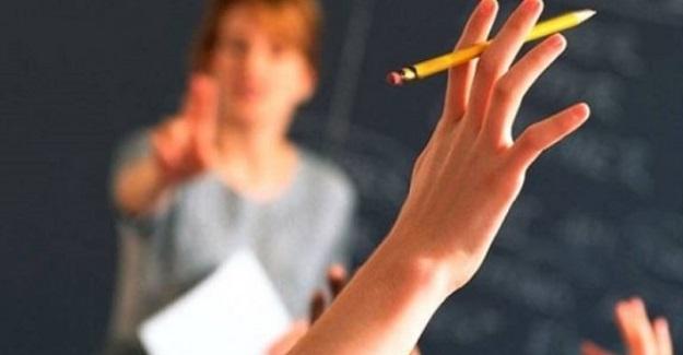 7 Öğretmen İhraç Edildi