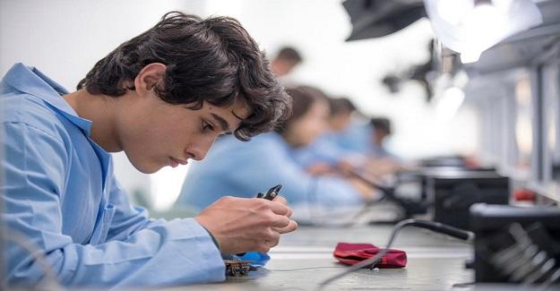 Bakan Ziya Selçuk: Eğitim-üretim-istihdam zincirini, öğrenci, öğretmen, veli, sektör hep birlikte başardık