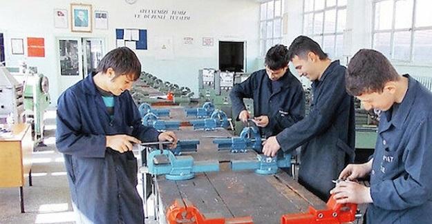 Mezun Olduklarında İş Garantili Meslek Liseleri Hayata Geçiyor