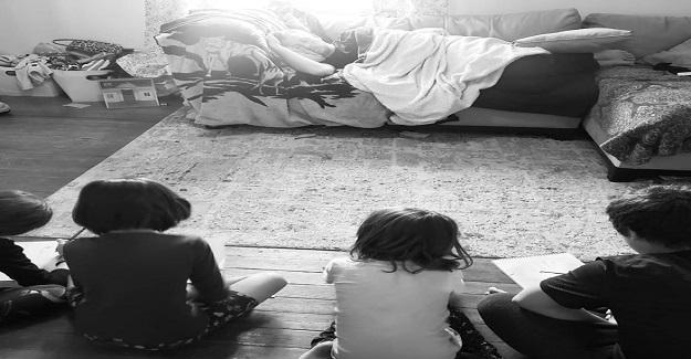 Yorgun Baba 4 Çocuğuna Öyle Bir Eğitim Veriyor ki!