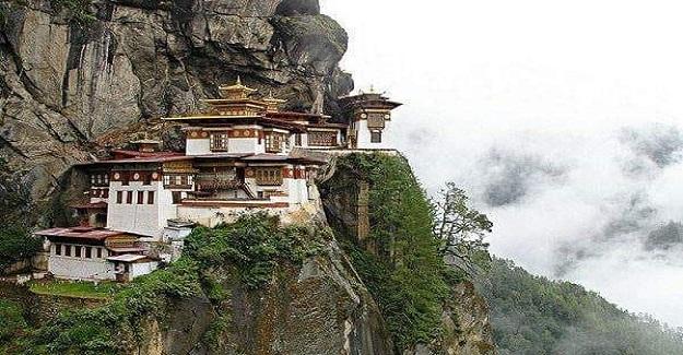 Zen ustası olmak için on yıldır eğitim alan Budist rahip artık hazır olduğuna inanıyordu