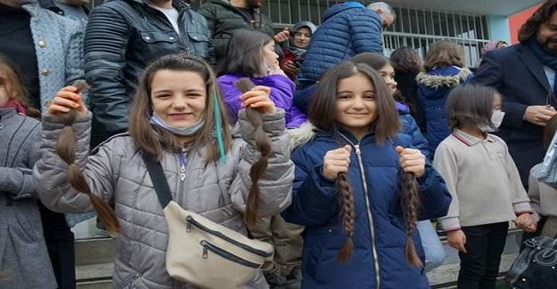 Aydın'da Öğrenciler Ve Veliler 4 Şubat Kanser Günü Nedeniyle Saçlarını Kanser Hastaları İçin Bağışladı