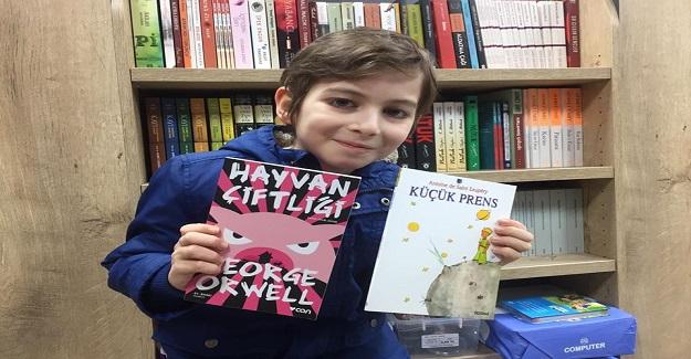 Kitap Kurdu Küçük Filozof Atalay Okullarda İlk Önce Bu Bunlar Öğretilmeli