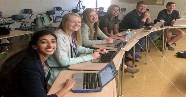Lise Öğrencilerinin Çıkardığı Gazetedeki Bir Haber Yüzünden Okul Müdürü İşinden Oldu