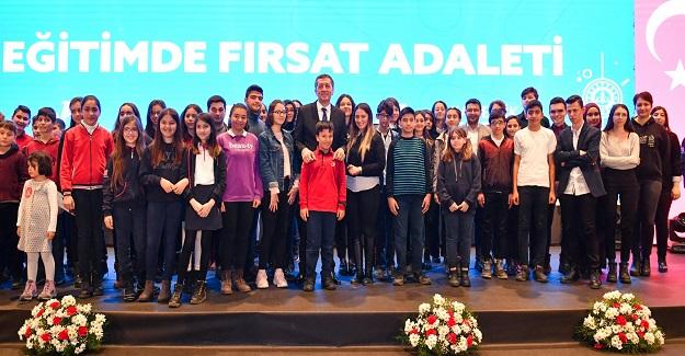 Öğretmenler İçin Yeni Dijital Platform: EBA MESLEKİ GELİŞİM